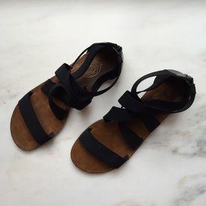 Hokus Pokus Shoes - Hokus Pokus DSW Black Elastic Gladiator Sandals