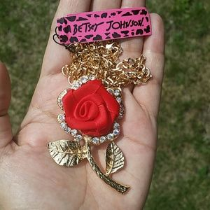 Betsey Johnson Jewelry - Sale❤Betsey Johnson Crystal Rose Pendant Necklace