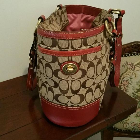 coach bag sale outlet sf00  Coach Bags