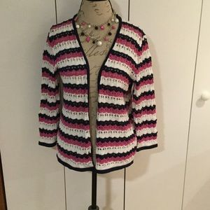 Alfred Dunner Tops - Alfred Dunner spring sweater and necklace