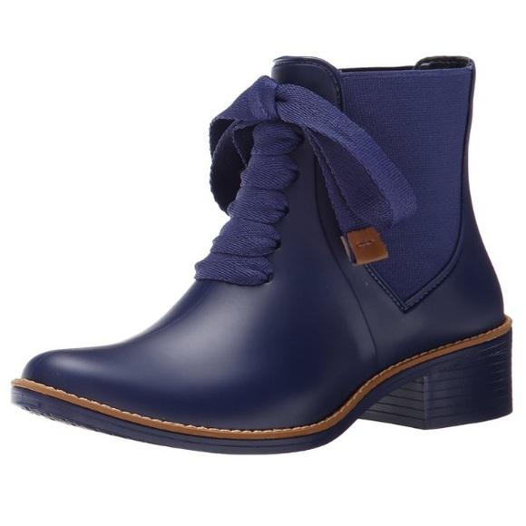 11214ce311b Bernardo Shoes - Bernardo women s Lacey rain boot