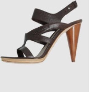 Costume National Shoes - CoSTUME NATIONAL Brown Leather Strappy Sandal 37