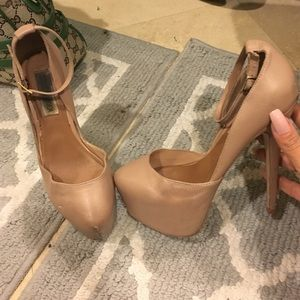 Tan Steve Madden heels with ankle straps