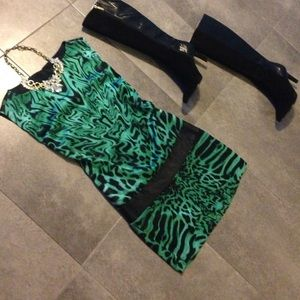 Guess by Marciano Dresses & Skirts - Beautiful guess by Marciano xs
