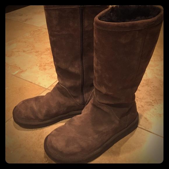 brown zipper uggs