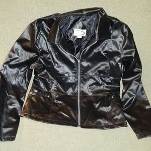 Rave Jackets & Blazers - Rave zipped up black jacket