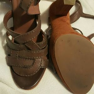 7 for all mankind strapy heels size 6 brown