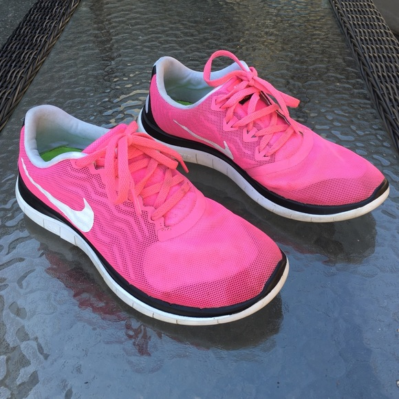 super popular 3a00a f2517 Nike Barefoot Ride 4.0 Size 9 Pink Tennis Shoes
