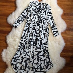 BCBGMaxAzria Dresses & Skirts - 🎉HP🎉 Bcbg long sleeve high low dress