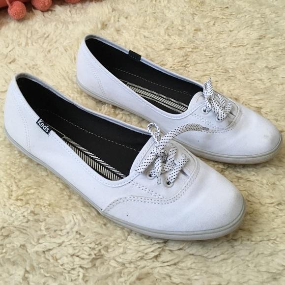 white keds size 8