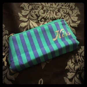 Kiss & Makeup Bag