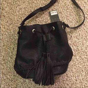 Black fringe tassel bucket bag