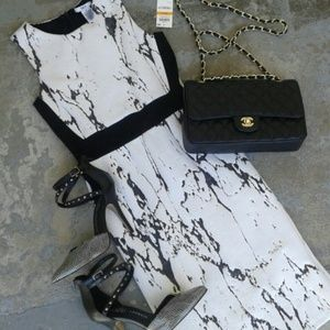 Bar III Dresses & Skirts - NWT Marbel Print dress