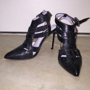 Shoemint Garbo- Black leather caged heel. Size 6