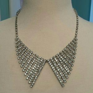 Jewelry - Crystal Pan collar style necklace
