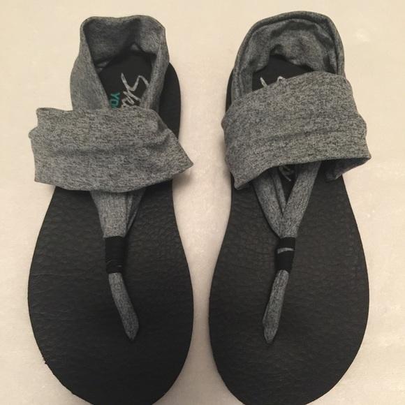 skechers yoga mat sandals