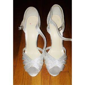 delicious heels珞
