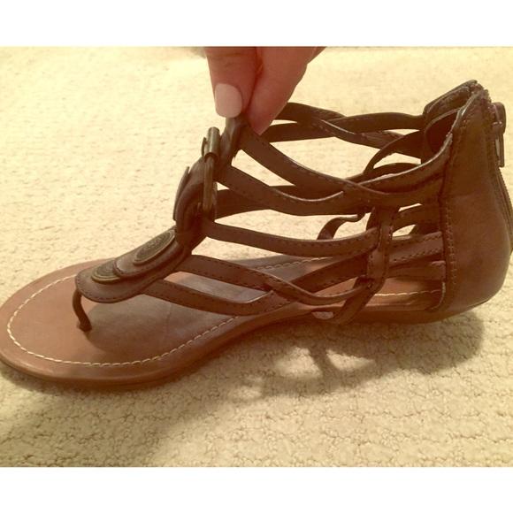 3d19efc03 Brown Faux Leather Medallion Gladiator Sandals. M 57182e397f0a051fb9003f4e