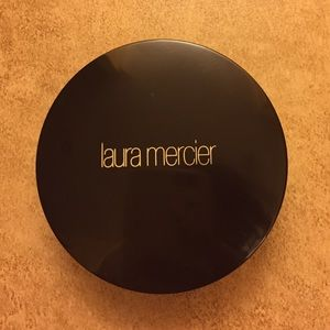 Laura mercier smooth finish foundation powder 11