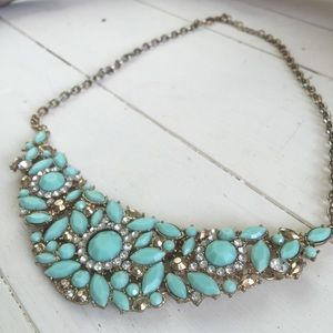 ⚡️SALE⚡️Turquoise colored statement necklace