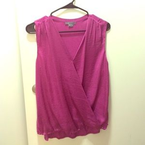 Vince draped shirt in xs, NWOT in magenta