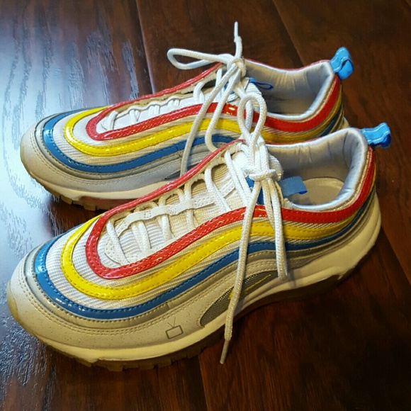 Nike Air Max rainbow tennis shoes size 7