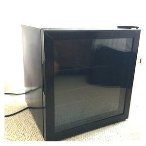 Used, Mini fridge for sale