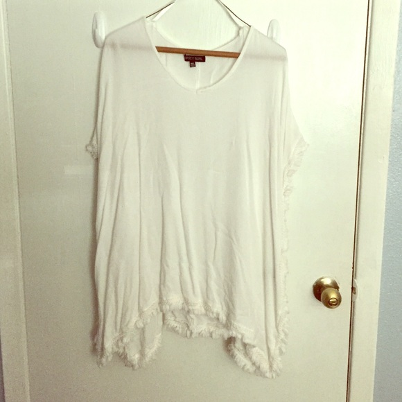 c5da3dd6e666a6 Spicy Girl Tops | White Flowing Shirt | Poshmark