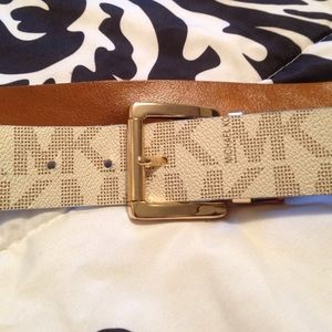 Authintic Michael Kors belt