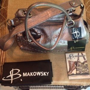 B Makowsky Handbags - Tote or shoulder bag