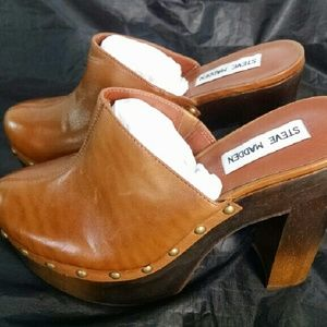 letra cada vez Absolutamente  Steve Madden Shoes | Brand New Steve Madden Luhna Platform Clogs 7m |  Poshmark
