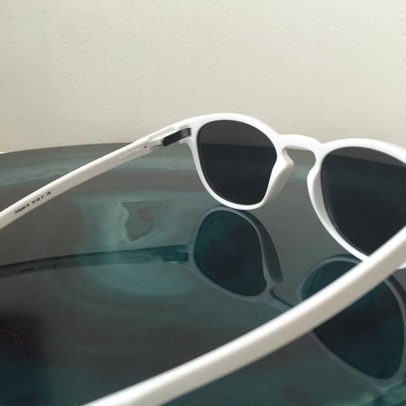 ominw 73% off Oakley Accessories - Brand-New Matte White Oakley Latch
