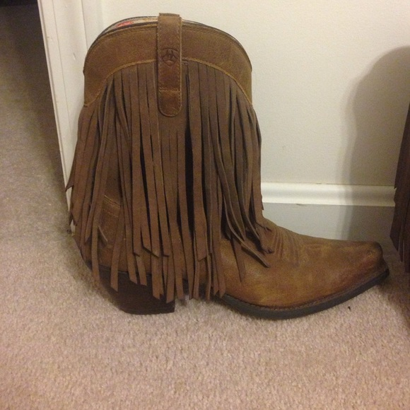 33 ariat shoes ariat fringe cowboy boot from alissa