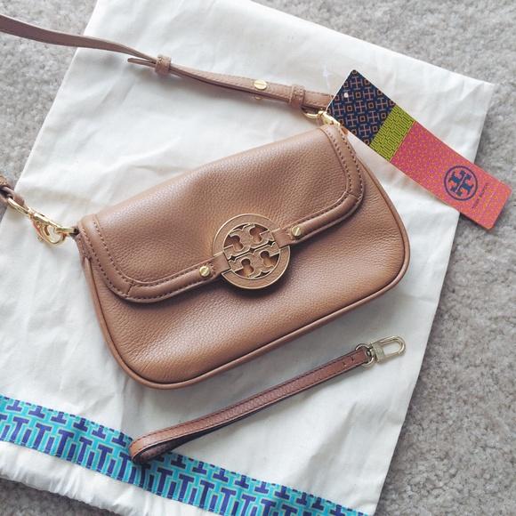 1380c02c10 New tory burch amanda crossbody bag in tan