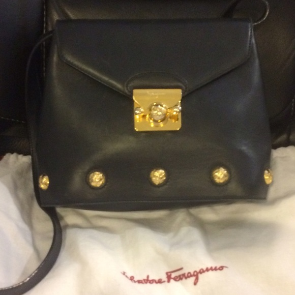 7471a5fc50f Salvatore Ferragamo Bags   Beautiful Vintage Crossbody   Poshmark