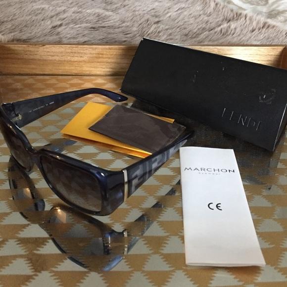 368ab7d56df6 🎉Authentic Fendi FS5197 Sunglasses