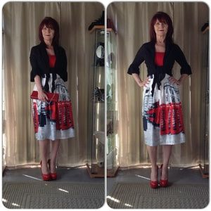 Dresses & Skirts - NWT DOUBLE-DECKER BUS & PHONE BOOTH SKIRT