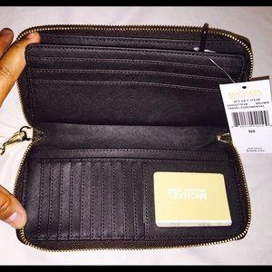 766cbaeecb3b Michael Kors Bags - Michael KORS large travel wallet NWT