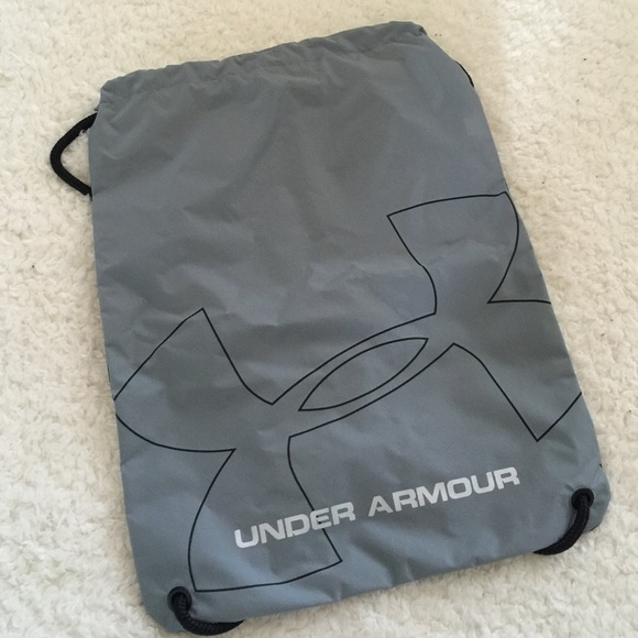 32e1e4126fa Under Armour Bags   Clearance Price   Poshmark