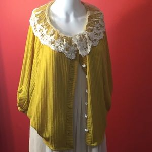 Yellow knit and lace cape
