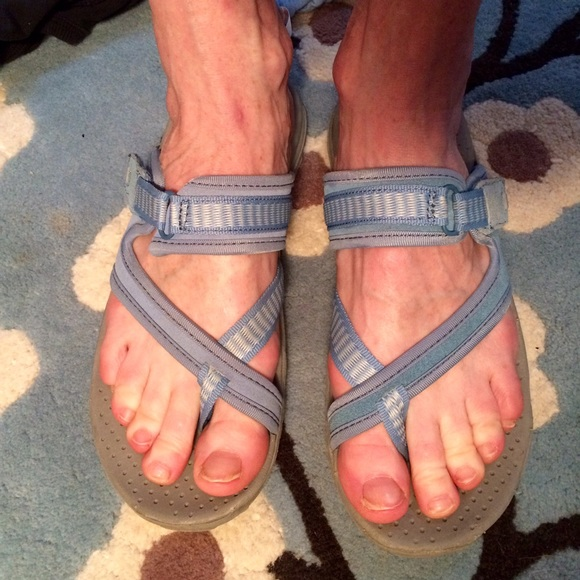 3378c0582b7e Sketchers light blue Rasta Reggae sandals. M 571a783b7f0a05f72f01dcf1