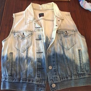 ‼️Levis vintage dip dyed denim vest