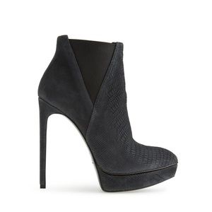 Saint Laurent Shoes - Saint Laurent Classic Janis Bootie