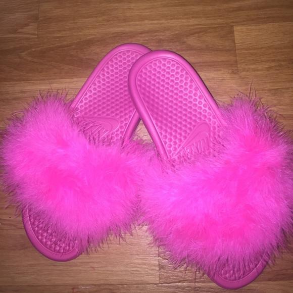 11e6f958c Faux fur Nike sandals