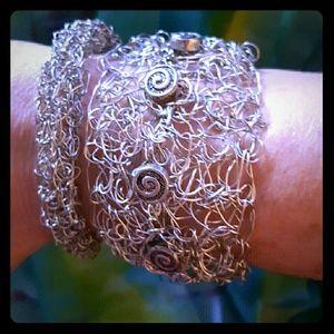 NWOT  Handwoven bracelet