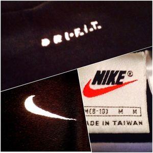 Nike Tops - 🌟Nike Dri FIT Cropped Top
