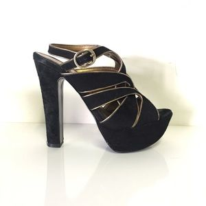 Bcbgeneration Sueded platform heels