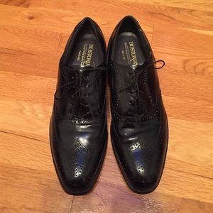 Bostonian Other - Men's Bostonian Wing tip lace up shoes