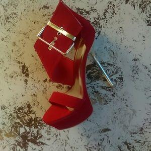 Shoes - Sexy Buck Heels
