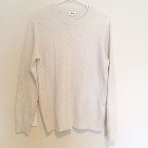 unisex UNIQLO soft sweater